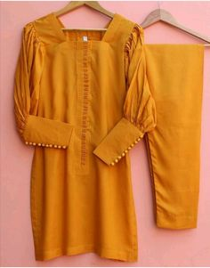 Stylish Dress Book, Stylish Dresses For Girls, Girls Dresses Sewing, Simple Dresses, Kurti Sleeves Design, Sleeves Designs For Dresses, Beautiful Dress Designs, Stylish Dress Designs, Simple Pakistani Dresses