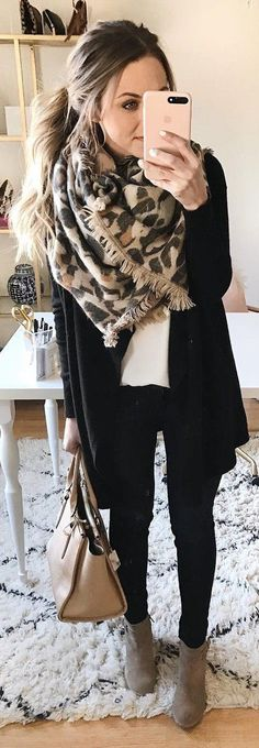 #winter #fashion / Leopard Scarf / Black Cardigan / White Top / Black Skinny Jeans / Grey Booties