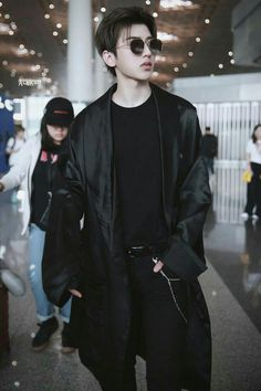 nine percent in 2020 Justin Huang, Vintage Street Fashion, Lai Guanlin, Cute Actors, Percents, Cute Korean, Asian Boys, Ulzzang Girl, Handsome Boys