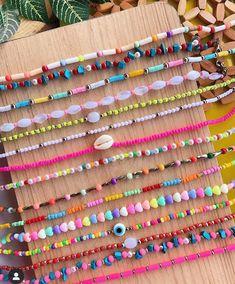 Homemade Bracelets, Diy Bracelets Easy, Summer Bracelets, Bracelet Crafts, Cute Bracelets, Summer Jewelry, Beaded Bracelets, Seed Bead Jewelry, Cute Jewelry