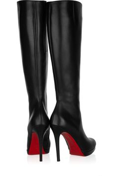 $1226 Christian Louboutin New Simple Botta 120 leather knee boots..because i have this much money laying around - _ - Milan Fashion Weeks, New York Fashion, Teen Fashion, Runway Fashion, Fashion Trends, Winter Fashion, Botas Sexy, Christian Louboutin Outlet, Me Too Shoes