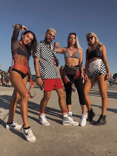 my crew & i at imagine music festival 🔥🏁 checkered music festival outfit. my crew & i at imagine music festival 🔥🏁 Coachella Festival, Festival Mode, Music Festival Outfits, Music Festival Fashion, Edm Festival, Edm Music Festivals, Coachella 2018, Festival Costumes, Festival Makeup