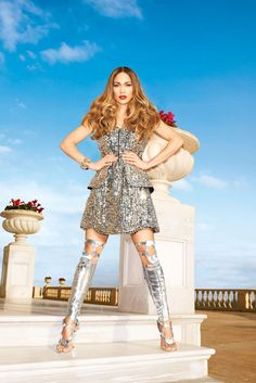 Jenifer Lopez hbz-february-2013-jennifer-lopez-silver-dress-de