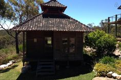 Balinese Bungalow set amongst bushland -near mum's if needed a place to stay