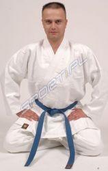 Kimono do KARATE BUSHINDO -190-. Model karategi przeznaczony jest dla wymagających karateków. Został wykonany z bardzo mocnego, ciężkiego, ściśle tkanego materiału (100% bawełna). Wszystkie szwy w kimonie są podwójne. #kimono #karate #sportywalki