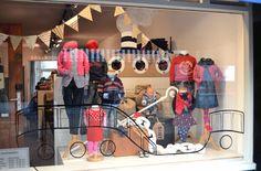 Sinterklaas etalage stoomboot. Shop window kids store by Caroline Dijkman www.blik.nu