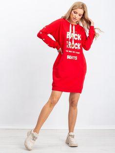 Červené športové šaty s potlačou a nápisom Shirt Dress, T Shirt, Modeling, Sport, Rock, Dresses, Fashion, Supreme T Shirt, Vestidos