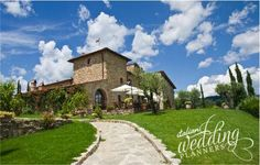 Fancy your own private country estate in Tuscany for your wedding reception? Siena Country House is Italian Wedding Planners great suggestion!