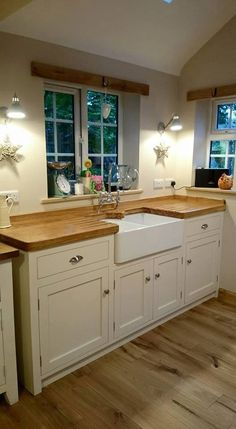 Check out this significant image and have a look at the shown facts and techniques on Kitchen Cabinetry Remodeling Farmhouse Style Kitchen, Home Decor Kitchen, Rustic Kitchen, Country Kitchen, Kitchen Interior, New Kitchen, Shaker Kitchen, Cottage Kitchens, Home Kitchens