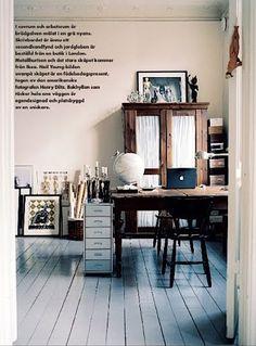 Emma Persson Lagerberg / Petra Svensson via Elle Interior {rustic industrial modern study} | Flickr - Photo Sharing!