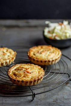Smoked snoek quiche with tangy apple coleslaw Chef Recipes, Dessert Recipes, Cooking Recipes, What's Cooking, Bread Recipes, Desserts, West African Food, South African Recipes, Ma Baker