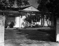 Marilyn Monroe's Brentwood house at 12305 Fifth Helena Drive. (LAPL 00033861) Bizarre Los Angeles