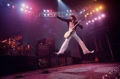 Led Zeppelin Lives Here — The BEST picture ever.