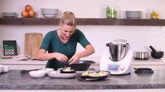 Justine Schofield - Thermomix ® Chicken wonton soup