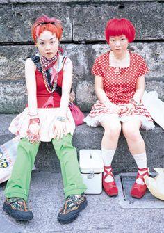 Japanese street style, by Shoichi Aoki, creo que no van disfrazadas...en serio :/