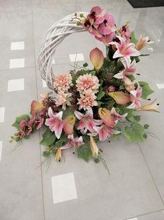 Floral Wreath, Wreaths, Handmade, Home Decor, Floral Arrangements, Floral Crown, Hand Made, Decoration Home, Door Wreaths