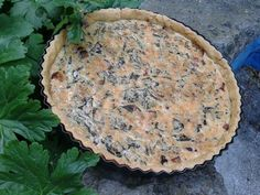 gluten-free quiche with bacon, onions and wild garlic
