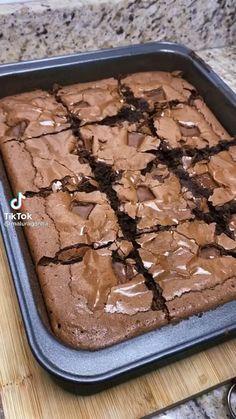 Dump Cake Recipes, Fun Baking Recipes, Microwave Recipes, Sweet Recipes, Dessert Recipes, Cooking Recipes, Best Bread Recipe, Frozen Desserts, Christmas Desserts