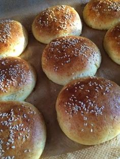 Low Carb Burger Buns, Braided Bread, No Bake Desserts, Baking Desserts, Bread Baking, Food Inspiration, Food And Drink, Gluten Free, Healthy Recipes