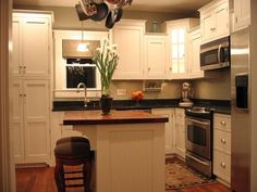 51+Awesome+Small+Kitchen+With+Island+Designs