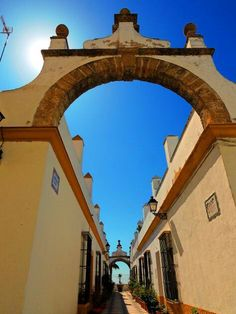 Callejón del Arco. Puerto Real. Cádiz. Spain. foto: Sebastian Aguilar.