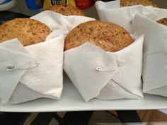Sandwich Diaper Wraps - Sandwiches wrapped in a napkin and fastened with a safety pin. Perfect for a baby shower! Tea Party Baby Shower, Baby Shower Cakes, Baby Shower Themes, Baby Shower Decorations, Baby Shower Gifts, Baby Gifts, Shower Ideas, Ideas Prácticas, Party Ideas