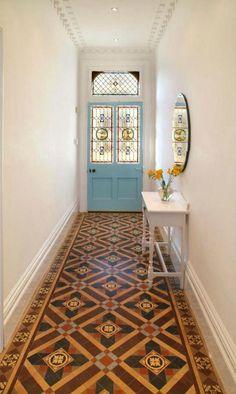 Spaanse castelo patroon tegels vloer toilet gerealiseerd door morefloors verbouwing jaren 30 - Ruimte tegel te leven ...
