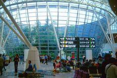 Kuala-Lumpur-International-Airport_Interior-view_14375.jpg (640×426)
