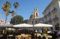 The Fresh Fruit Market