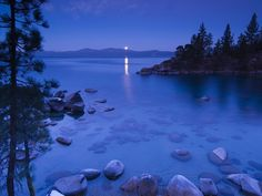 Lake Tahoe, California and Nevada, USA - Beautiful Places to Visit Places To Travel, Places To See, Places Around The World, Around The Worlds, Lac Tahoe, Beautiful Places To Visit, Peaceful Places, Beautiful Things, Belle Photo