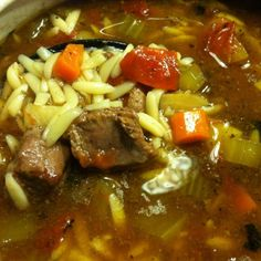 Vegetable beef soup recipe or stew is one of those 'go to' recipes during the wintertime. Soup keeps you warm, and this soup along with many others. Pastina Soup, Pastina Recipes, Beef Soup Recipes, Clean Eating Menu, Kinds Of Vegetables, Beef Stew Meat, Healthy Pastas, Italian Recipes, Italian Foods