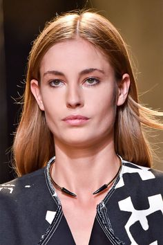 MAKEUP TRENDS FOR SPRING 2015 -- Bronze Age