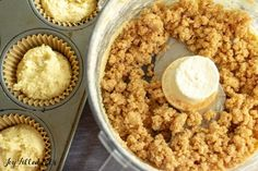 Coffee Cake Muffins are a delicious breakfast dessert or afternoon snack. These will tickle your taste buds any time of day with cinnamon and butter crumbs. Sugar Free Cookies, Keto Cookies, Cheesecake Cookies, Keto Muffin Recipe, Coffee Cake Muffins, Low Carb Deserts, Low Carb Bread, Keto Bread, Breakfast Dessert