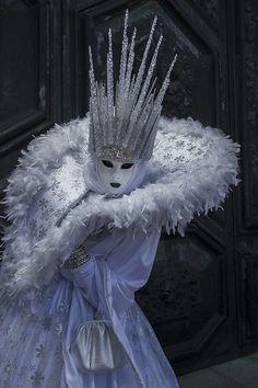 Italia Tour Italy| Serafini Amelia| Carnaval de Venise-Snow queen at Venice Carnival