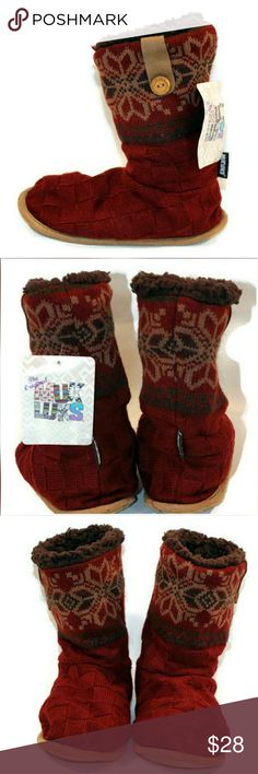 NWT Muk Luks Women's Size Small 5-6 Slippers NWT Muk Luks Women's Size Small 5-6 Knit Maroon Sweater Booties Boots Fuzzy Insole Indoor Lounging Soft Sole Slippers   These slippers will keep your feet warm and cozy during the winter.   If you have any questions, please don't  hesitate to send me a message.  Please feel free to check out the other  items listed in my store   Note to Buyers:  **Colors may vary slightly from photos of item, due to lighting, camera, editing, screens, etc.**  Muk…