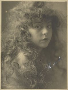 [Portrait of a Woman with Curly Hair]; Louis Fleckenstein 1907 - 1924;  J. Paul Getty Museum, Los Angeles, California