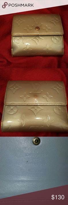 Authentic Louis Vuitton wallet Great condition Louis Vuitton Bags Wallets