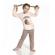De Cornette Rainy Day kinderpyjama van Corazonkids zalm roze met bedrukte broek. De Cornette kinderpyjama van CorazonKids met een bedrukte broek is erg mooi en hip.. Het shirt heeft een leuke opdruk. De Cornette kinderpyjama van CorazonKids is van goede kwaliteit.