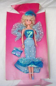 "Vintage Betty Teen 11 1/2"" Fashion Doll - Blue Dress - Old Shop Stock | eBay"