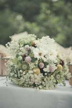 wildflower-gathered-bouquet