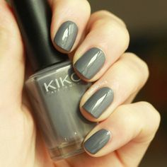 Nails darken as the skies dull down  this pretty swatch is the @kikomilano polish in 380 #mediumgrey ☔☁ #swatch #nailart #easynailart #simplenailart #kiko #kikoswatch