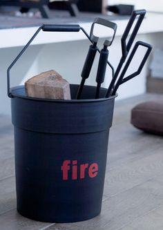 Set cheminée Fire Tool 1 seau + 3 accessoires