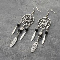 Bijou créateur - boucles d'oreilles pendantes argentées ethniques pendentifs attrape-rêve breloques plumes perles agate et facettes noir