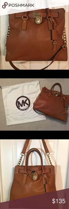 Michael Kors Large Hamilton Handbag Tote This bag is a great everyday tote. It's the PERFECT color to go with every outfit. The shoulder bag is a timeless style that is great for any age. The tote has been kept in the dust bag when not in use - still in excellent condition! Michael Kors Bags Totes
