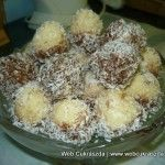Bounty golyók Hungarian Recipes, Hungarian Food, Dessert Recipes, Desserts, Potato Salad, Muffin, Breakfast, Ethnic Recipes, Balls