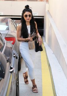 Vanessa Hudgens Photos - Vanessa Hudgens Visits Her Doctor in Beverly Hills - Zimbio