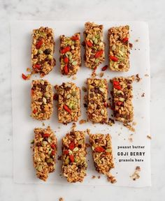 Delicious & healthy homemade granola bars packed with pepitas goji berries choco. Delicious & healthy homemade granola bars packed with pepitas goji berries chocolate chips peanut butter and pistach Granola Bars Peanut Butter, Healthy Granola Bars, Homemade Granola Bars, Goji Berry Recipes, Goji Berry Ideas, Brunch, Think Food, The Best, Protein Snacks