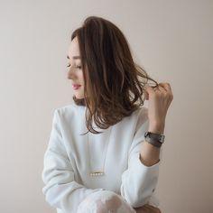 ゆる巻きボブのヘアアレンジ動画 | 星玲奈オフィシャルブログ「Reina's Diary」Powered by Ameba Daniel Wellington, Hair, Beauty, Tops, Medium, Instagram, Women, Fashion, Moda