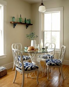 Breakfast party for two, love the clean simplicity. Easy to change up a second hand table and some old chairs with white paint and some bright fabrics.