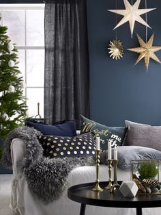 ellos,talvi,joulu,sisustus,sisustusesine,sisustusesineet,talven sisustus,syksy,syksyn sisustuts,olohuone,olohuoneen tekstiilit,tyyny,tyynyt,tyynynpäällinen,tyynynpäälliset,olohuoneen sisustus,kuusi,kuuset joulukuusi,joulukuuset,tekokuusi,tekokuuset,kynttilänjalka,kynttilänjalat,koriste-esine,koriste-esineet,kynttelikkö,kyntteliköt,valotähti,valotähdet,sohva,sohvat,sohvapöydät,pöytä,pöydät,poimutusnauhaverho,poimitusnauhaverhot,sivuverho,sivuverhot,sohvapöytä